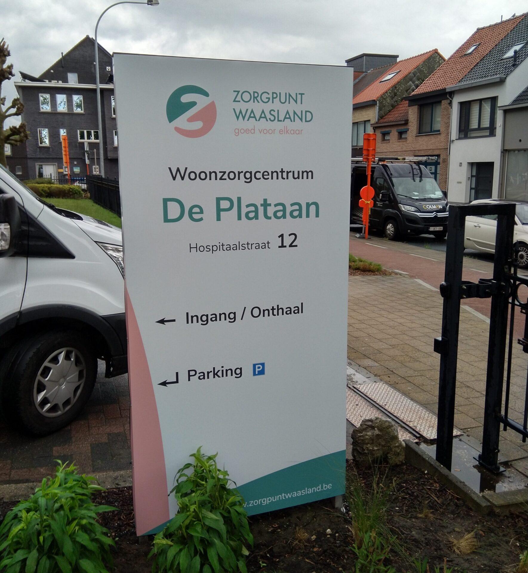 Buitenreclame Zorgpunt Waasland door Drukkerij M. Janssens